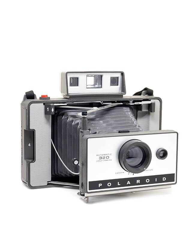 Polaroid_Land_Camera_320_b