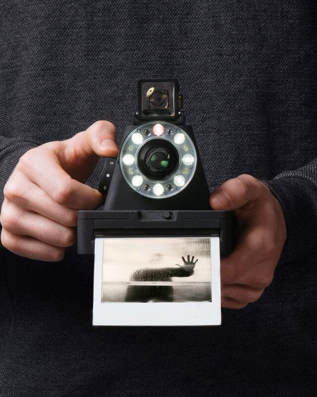 I-1_Impossible_camera