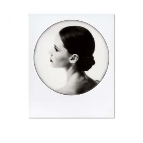 impossible-600-black-white-film-round-frame