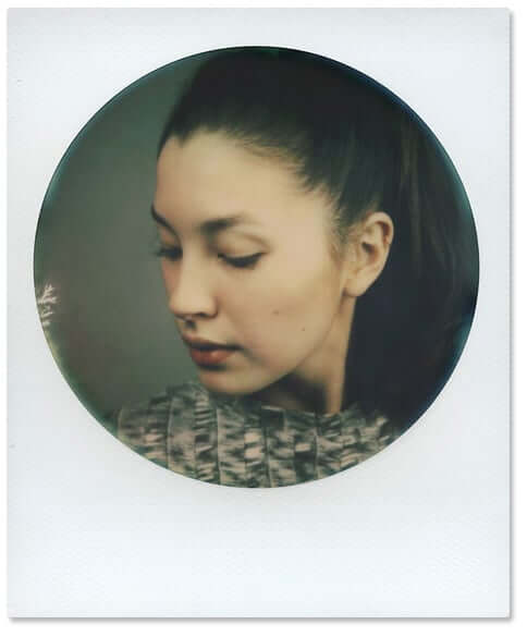 impossible-600-color-film-round-frame