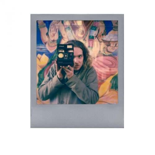 silver-frame-color-film