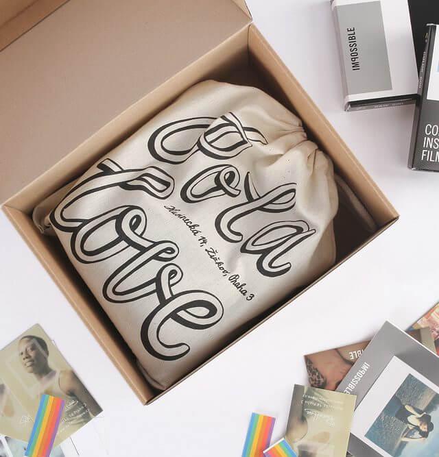 Polaroid_box