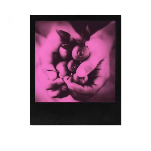 Impossible_600_Duochrome_Black_Pink